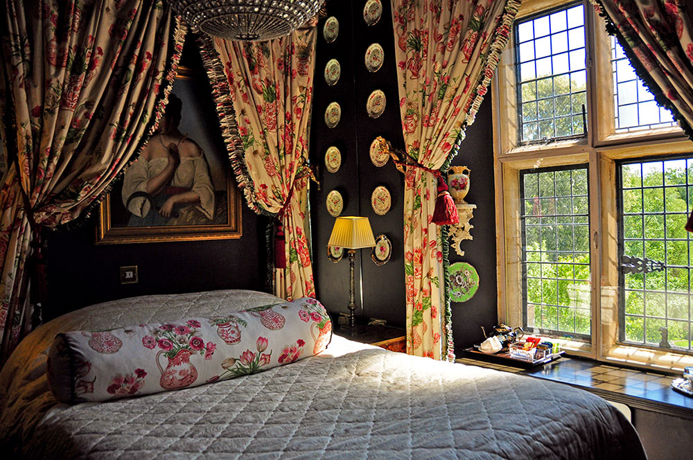 bedroom at Glencot House in Wookey Hole