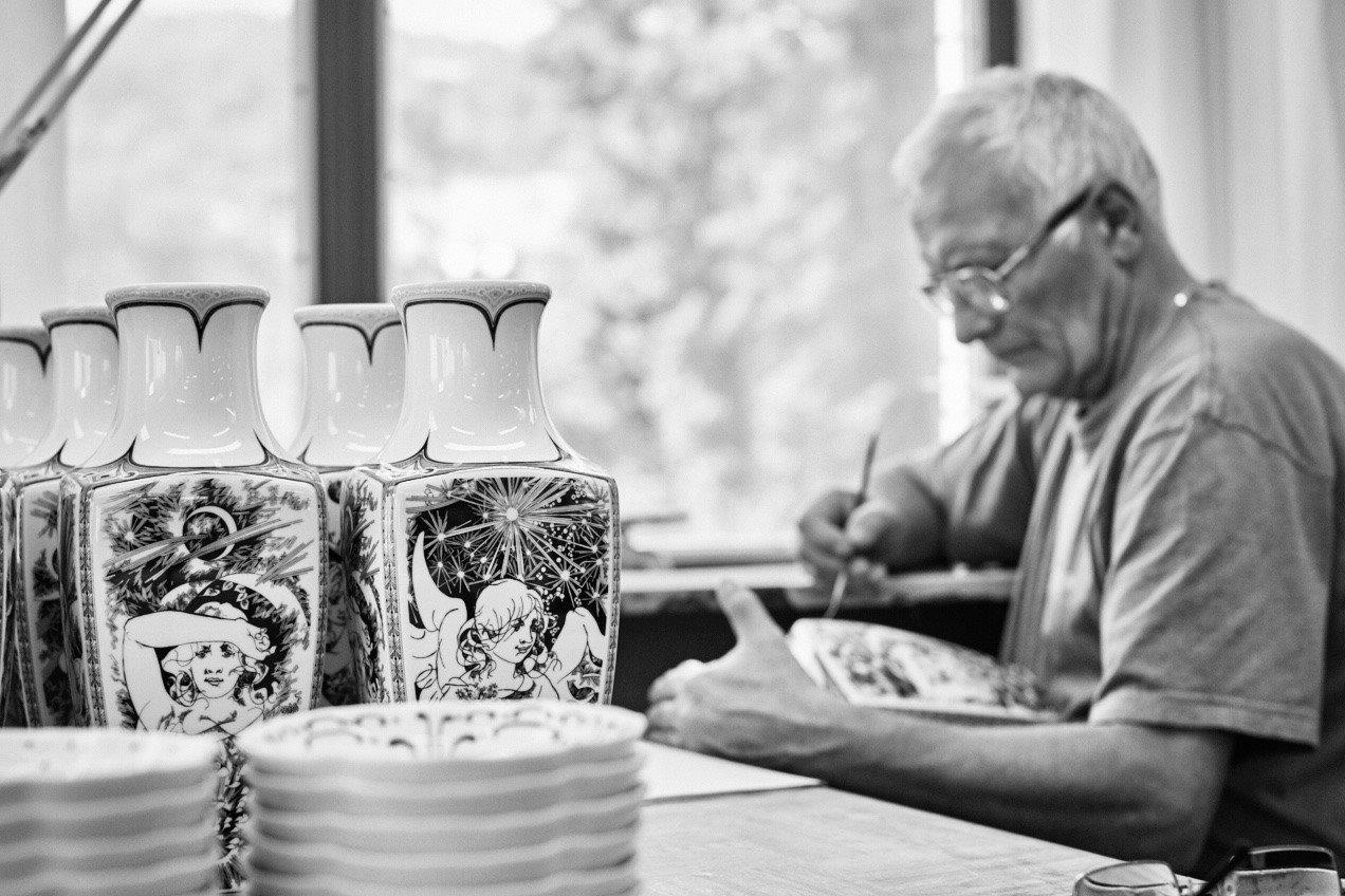 Hollohaza Porcelain   Noztalgia  –  Budapest