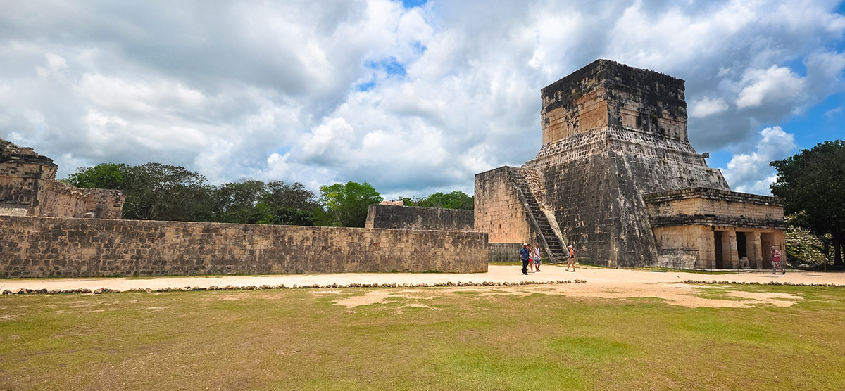 Chichen Itza Ball Court 001 1 | Chichen Itza  –  Yucatan