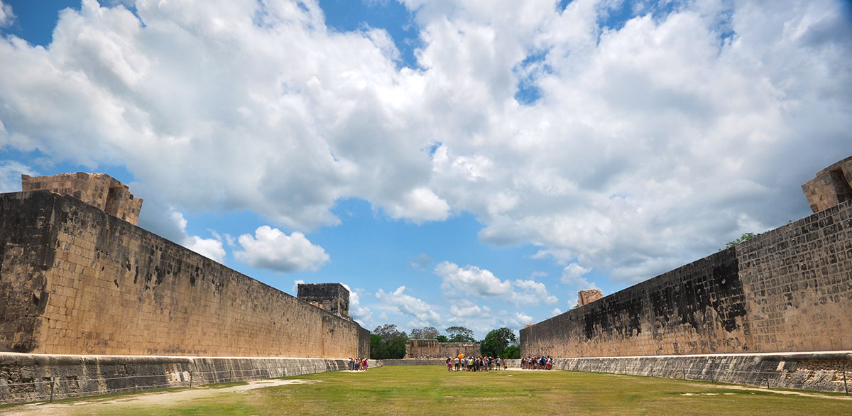 Chichen Itza Ball Court 007 1 | Chichen Itza  –  Yucatan