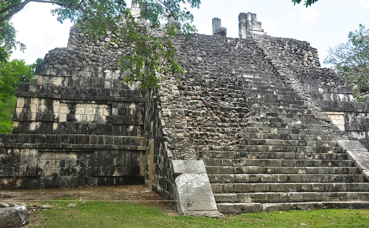 Chichen Itza Temple of the big Tables 1 1 | Chichen Itza  –  Yucatan
