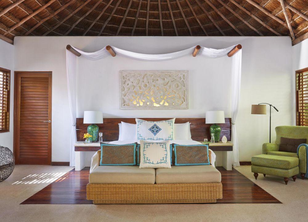 Hotels and restaurants in Playa del Caemen