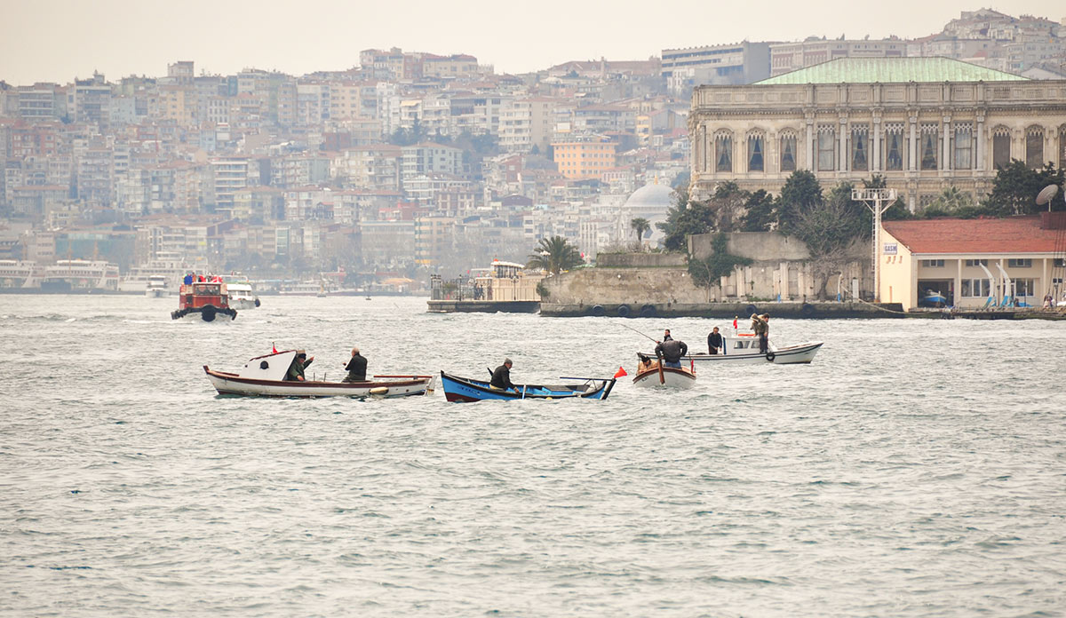 boat guide to istanbul