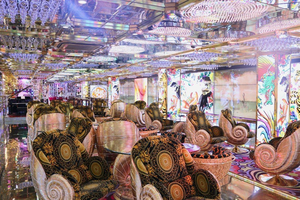robot- Robot Restaurant  -  Tokyo, Japan Japan Tokyo  Tokyo Japan featured Cool