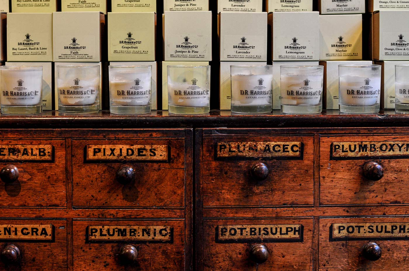 Dr Harris 005 | D.R Harris Apothecary  -  London